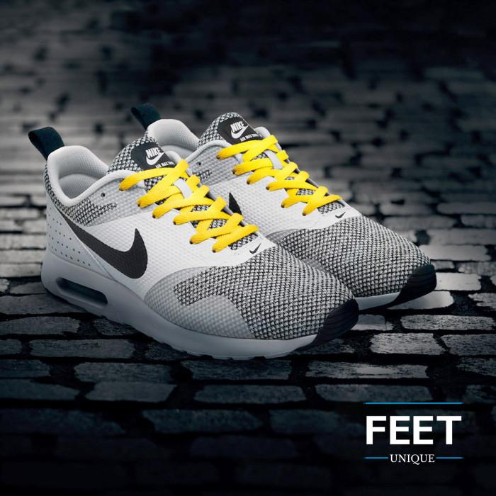 Flat yellow shoelaces